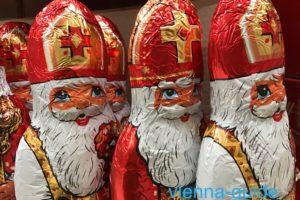 12月6日にサンタクロース(聖ニコラウス)がやって来る?!